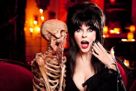 art-Elvira w skeleton